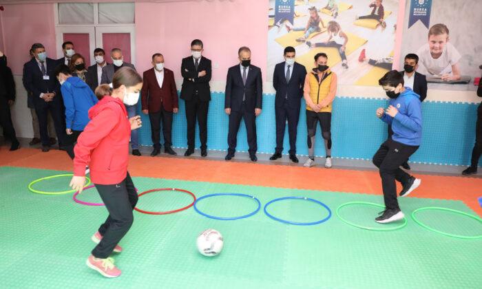 Bursa'da eğitime sportif destek