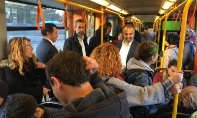 Başkan Aktaş sorunları metroda dinledi