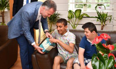 İnegöl'de engelli öğrenciler, Başkan Taban'ı ziyaret etti