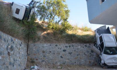 Mudanya'da kayan çekici kamyon, 2 araca çaptı: 2 yaralı