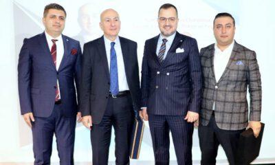Hocalar, Bursa'da ekonomi gündemini değerlendirdi