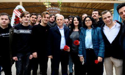Gemlikli gençlerin Mustafa Bozbey coşkusu!