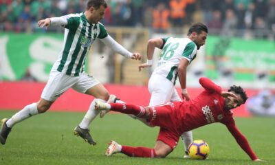 Bursaspor, son dakikada kazandı: 3-2
