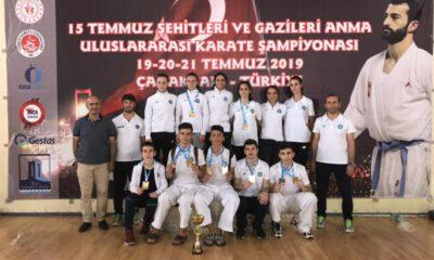 Bursa Büyükşehirli karateciler başarıya doymuyor