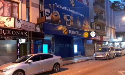 Bursa'da hırsızlar, 50 saniyede 80 bin liralık telefon çaldı