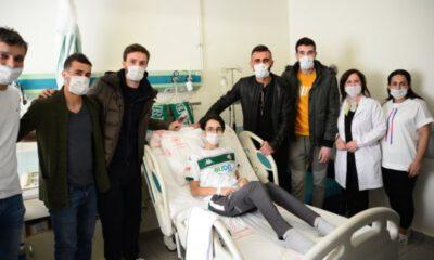 Bursasporlu futbolculardan duygulandıran ziyaret!