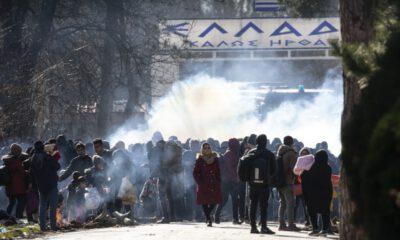 Yunan sınır polisinden göçmenlere biber gazlı müdahale