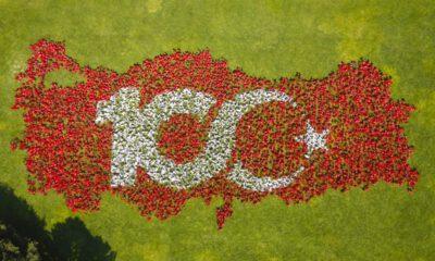 Bursa'da 10 bin bayraklı Türkiye haritası ile 100. yıl kutlaması