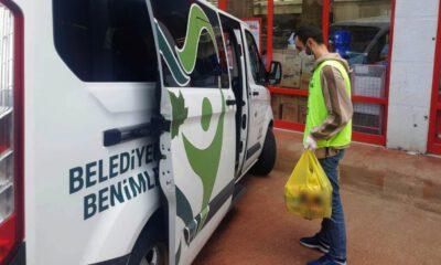 Osmangazi Belediyesi'nden kapı kapı gıda desteği