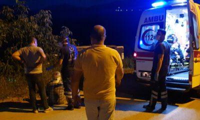 Gemlik'te minibüsle traktör çarpıştı: 6 yaralı