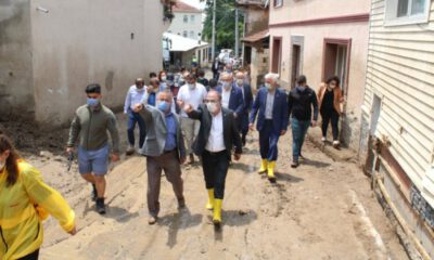 İYİ Parti Bursa Teşkilatı, 5 milletvekili ile sel bölgesinde…