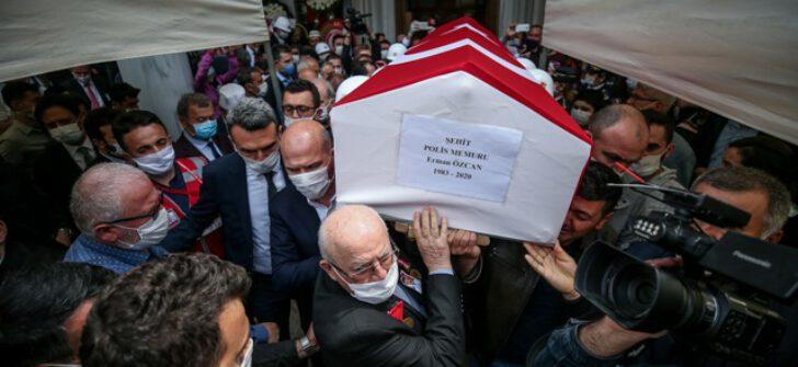 Bursa'da şehit polis Erman Özcan son yolculuğuna uğurlandı