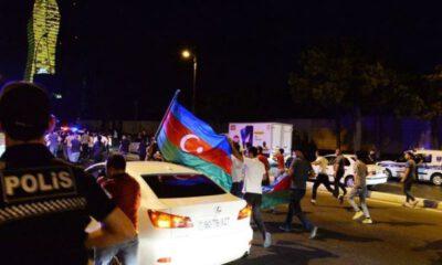 Azerbaycan'da halktan 'seferberlik' talebi…
