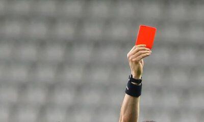 İkinci sarıdan kırmızı kart gören futbolcu, cezasını aynı kategorideki ilk maçta çekecek