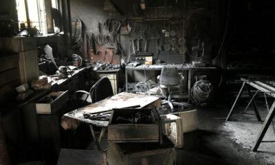 Bursa'da demir doğrama atölyesinde yangın: 2 kişi yaralandı