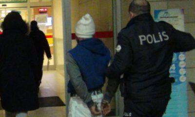 Bursa'da kısıtlamaya uymayan iki kardeş polislere saldırdı