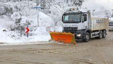 Mudanya'da yollarda kar mesaisi