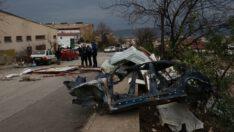 Bursa'da kuvvetli lodos iş yerlerinin çatılarını uçurdu: 1 yaralı