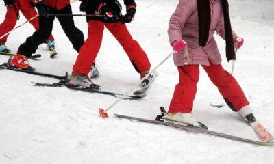 Minik kayakçılar Uludağ'da yarıştı