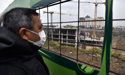 Bursa'nın en büyük meydanında çalışmalar tam gaz