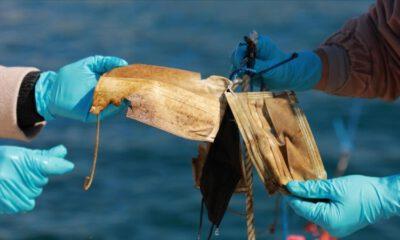 Denizlerden 11 ton maske ve eldiven toplandı