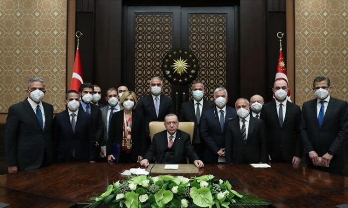 Erdoğan'dan 'kısa çalışma ödeneği' müjdesi