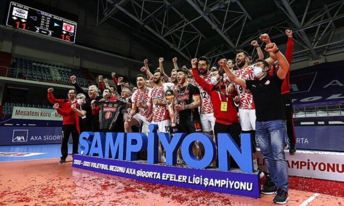 Voleybolda AXA Sigorta Efeler Ligi'nde şampiyon Ziraat Bankkart oldu