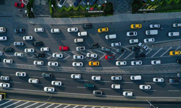 4 ayda 426 bin 96 araç daha trafikte…
