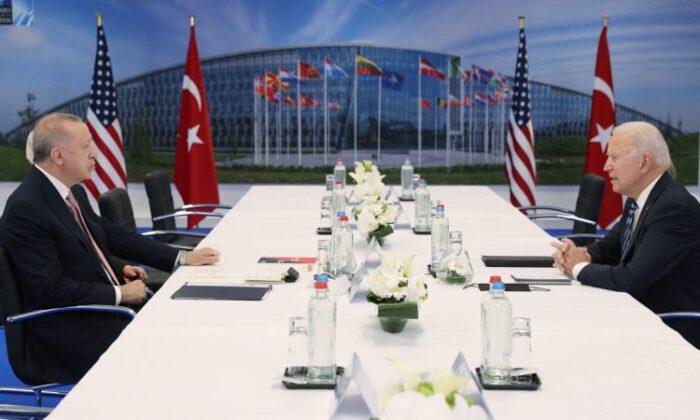 Erdoğan ile görüşen Biden'dan ilk açıklama