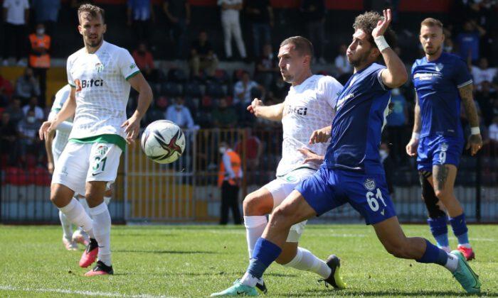 Tuzlaspor ve Bursaspor maçında gol sesi çıkmadı