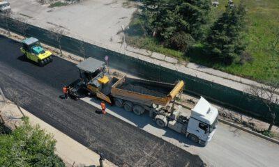 Kocaeli Gebze'de Ankara Caddesi'nde üstyapı çalışması sürüyor