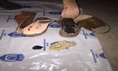 Patlayıcıları ayakkabıya gizleyen teröristler yakalandı