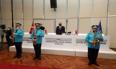 Bursa yılın ilk meclisini bandoyla açtı