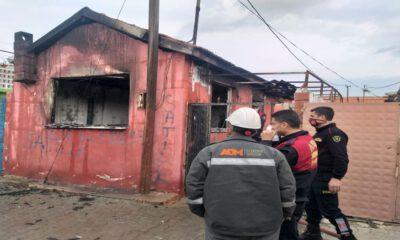 Aydın'da tek katlı ev yangında kül oldu