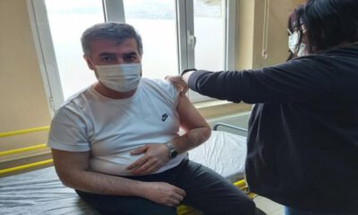 Aydın Buharkent Belediye Başkanı ilk doz aşıyı oldu