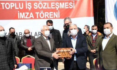 İzmir Karabağlar'da toplu sözleşme sevinci