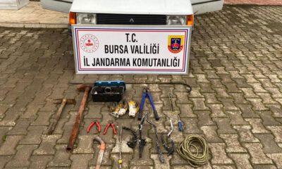 Bursa'da JASAT, kablo hırsızını kameralardan yakaladı