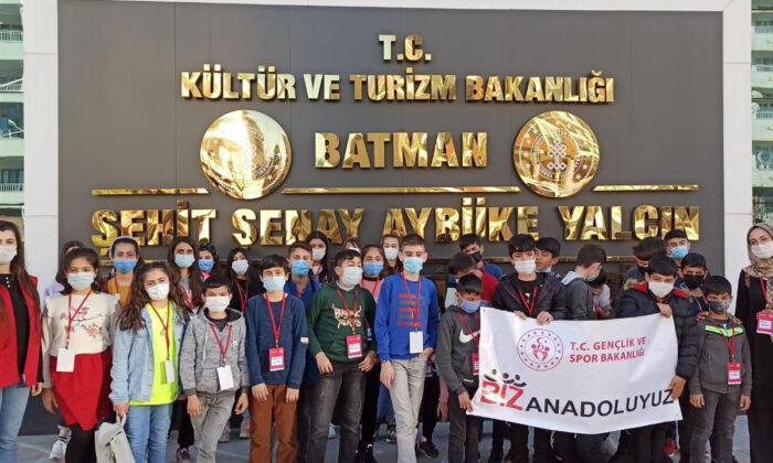 Siirt'ten gelen öğrenciler Batman'ı ziyaret etti