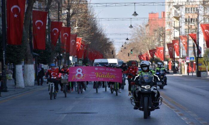 Malatya'da kadınlar pedal çevirdi