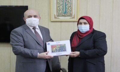 Kahramanmaraş'ta Vekil'den eğitime 75 tablet bağışı