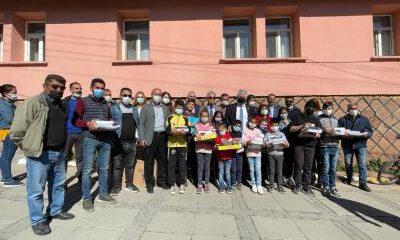 İzmir'den Bingöllü çocuklara 23 Nisan hediyesi