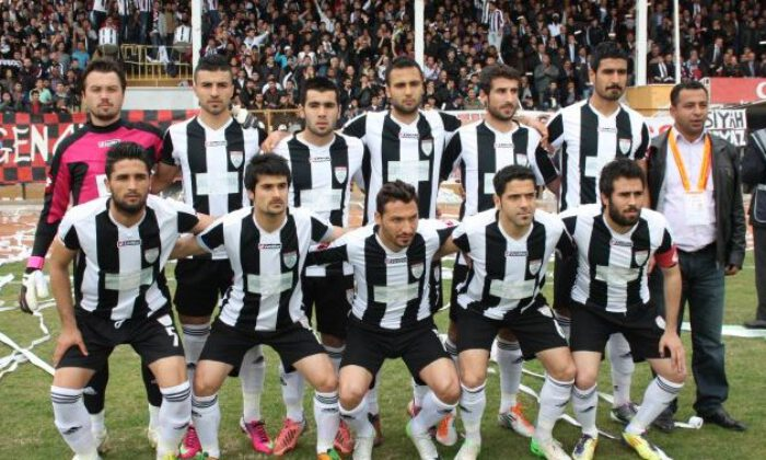 68 Aksaray Belediyespor galip başladı, mağlup bitirdi