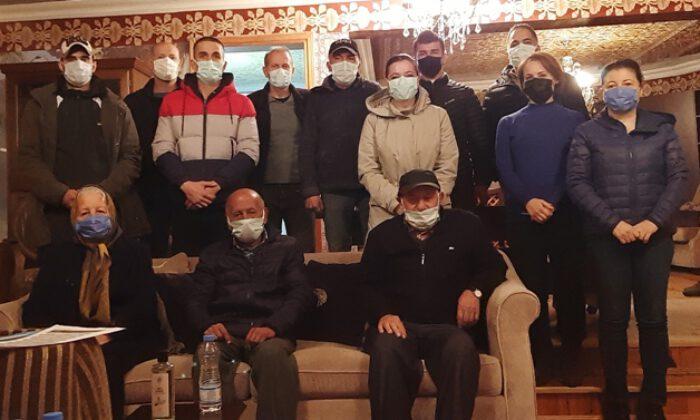 """Kocaeli'de Tütünçiftlikli çevrecilerden """"Sülfürik Asit"""" tepkisi"""