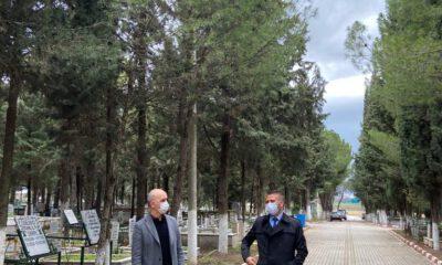 Akhisar Mezarlığı'nda aile bölümü açıldı