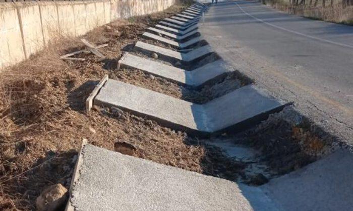 Manisa'da beton hendek çalışmaları